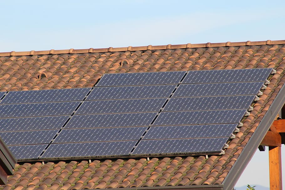 What Are Solar Roofing Shingles?
